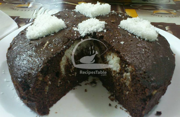 Bounty Cake with Coconut Filling
