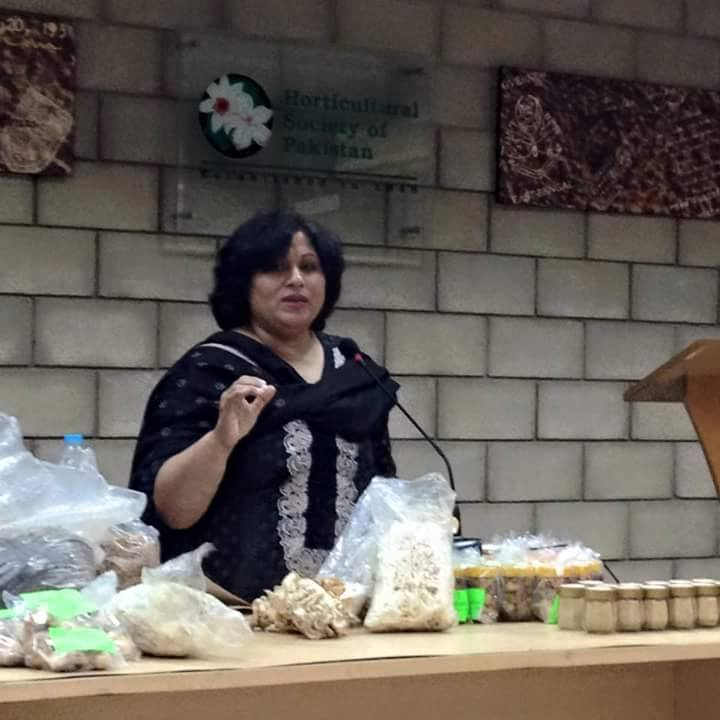 Seema Giving Lecture at Horticlture Society of Pakistan